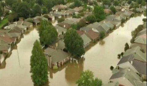 Obama and Hillary's Pathetic Flood Response