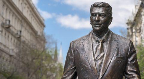 Trump's Reagan Democrats and Obama Republicans