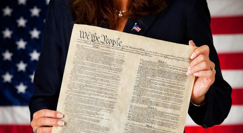 US Constitution Doesn't Have a Birth-Right Clause