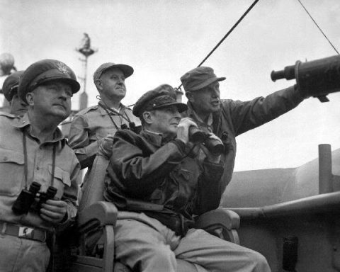 General Douglas MacArthur and Donald Trump!