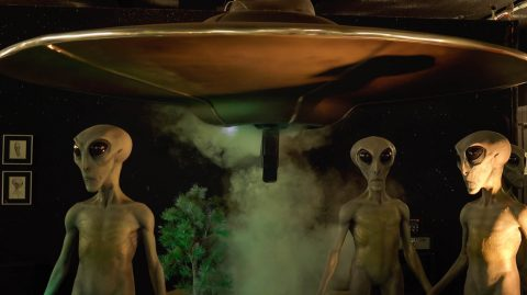 Is there Such a Thing as UFOs and Alien Visitors to this Planet?