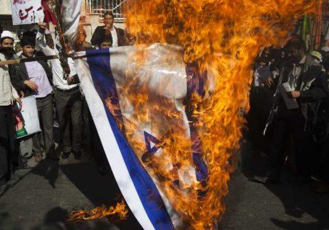 Obama Betrays Israel to His Islamist Allies on Christmas Eve!