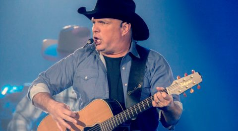 Overflow Crowd Greets Garth Brooks' Stadium Concert